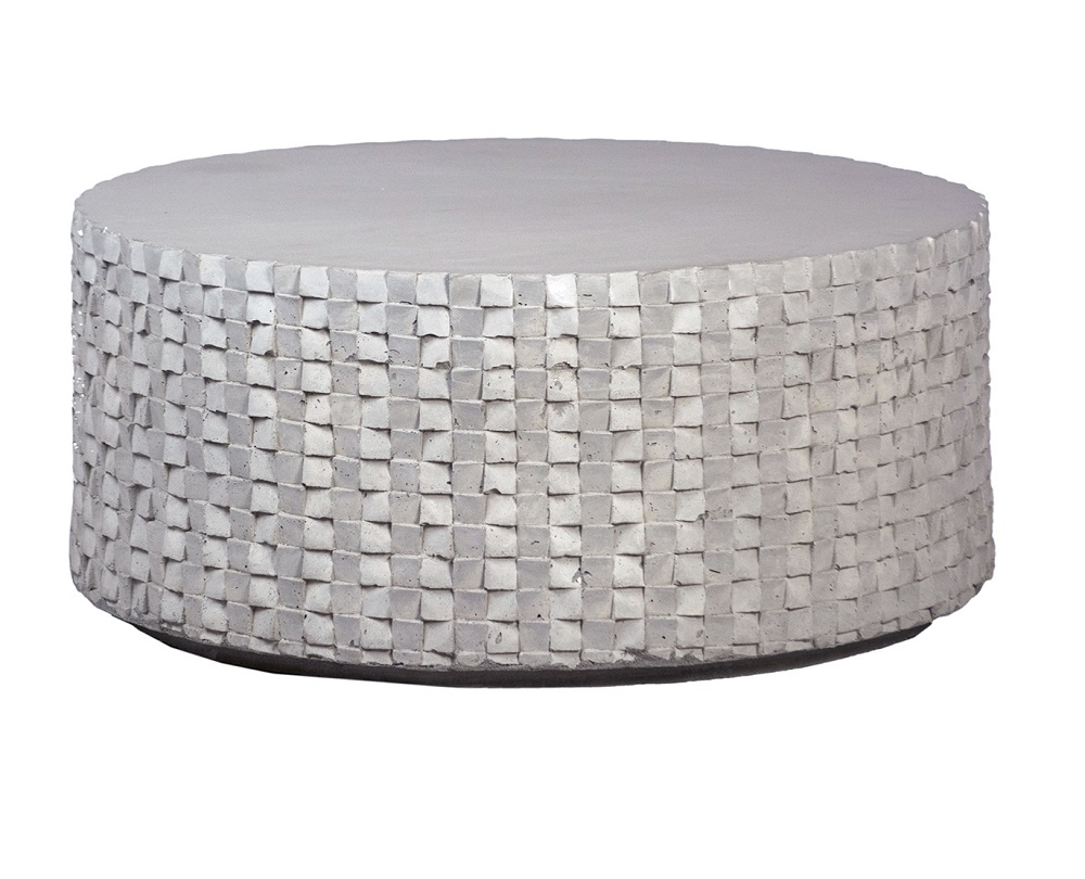 35″ Round Outdoor Coffee Table